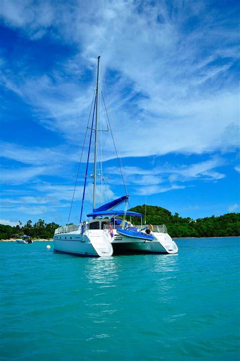 catamaran sailing belize belize sail catamaran 10 samui luxury boat