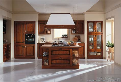 traditional italian kitchen latini cucine classic modern italian kitchens