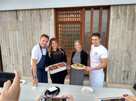in cucina con lo chef in cucina con lo chef marc murphy e ciro salvo pizze