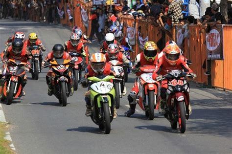 Mesin Motor Road Race Jupiter Z by 40 Gambar Modifikasi Yamaha Jupiter Z Gaya Road Race