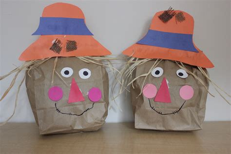 Paper Bag Scarecrow Craft For Preschoolers - play and learn with paper bag scarecrow