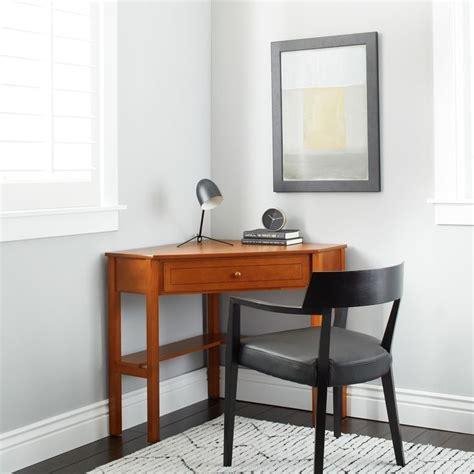Corner Desk Overstock 1000 Ideas About Simple Computer Desk On Pinterest Home Computer Desks Computer Desks And