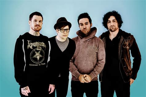 2015 fall out boy fall out boy announce autumn 2015 uk arena tour music