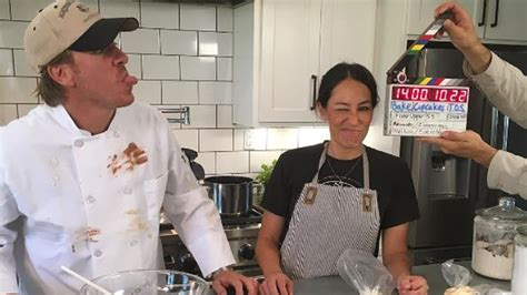 chip and joanna gaines bakery fixer chip and joanna gaines buy cafe but