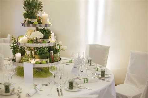 Decoration For Table Four Ideas For Wedding Table Decorations Easy Weddings Uk