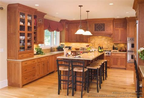 Kitchens With Wood Cabinets Pictures Of Kitchens Traditional Light Wood Kitchen Cabinets Kitchen 134