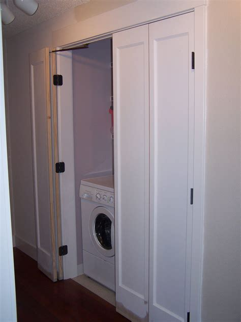 laundry bifold doors bedroom   laundry doors