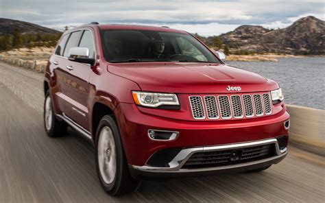 first jeep cherokee 2014 jeep grand cherokee first look motor trend