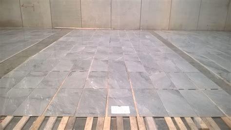 posa di piastrelle posa piastrelle diagonale beautiful posa in opera di
