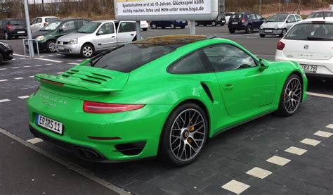 porsche 911 green signal green porsche 911 turbo is something else