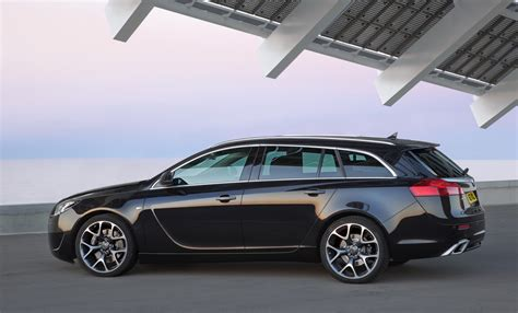 opel insignia sports tourer road car pictures 2010 opel insignia opc sports tourer