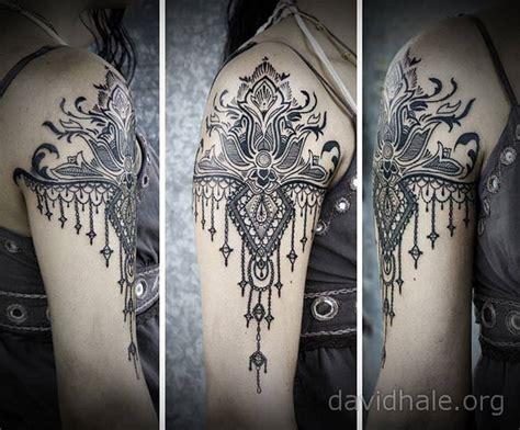 paisley  lace designs converge   beautiful tattoo