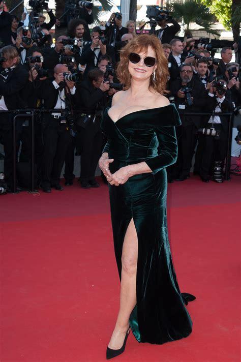 Versace Table Susan Sarandon En Alberta Ferretti Cannes 2017 Lily