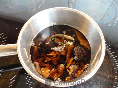 cocina con lara salteado de salteado de br 243 con setas y almendras un plato