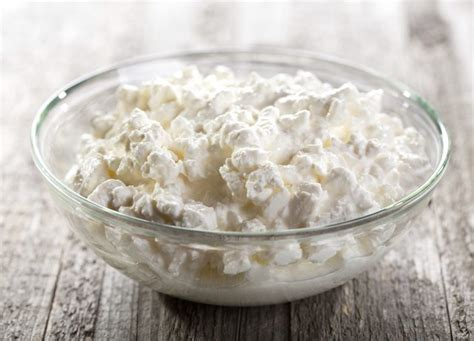 Can Cottage Cheese Substitute For Ricotta by Baking Substitutions For Ricotta Cheese Livestrong
