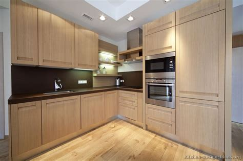 Light Wood Kitchens | pictures of kitchens modern light wood kitchen