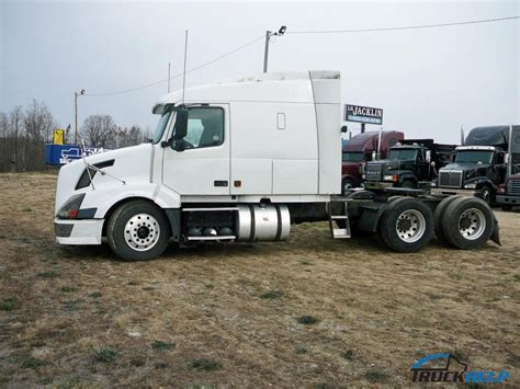 volvo truck 2004 2004 volvo vnm64t630 for sale in slinger wi by dealer