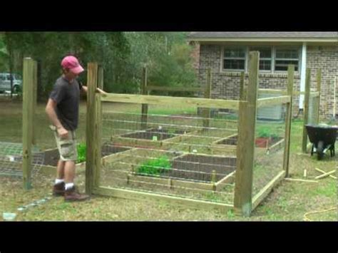 build  simple garden fence youtube