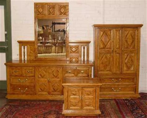 burlington house furnishings oak bedroom set with dresser