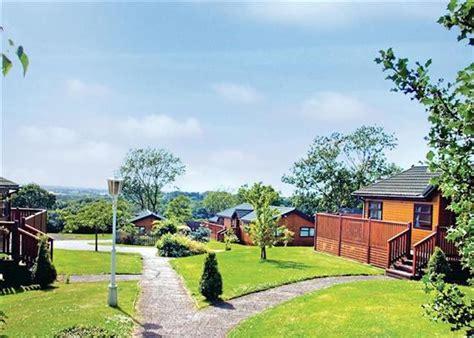 Crowhurst Park Lodges Battle East Sussex Self Walled Garden Caravan Park