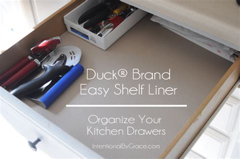 what is the best shelf liner for kitchen cabinets 3 ways i used the duck 174 brand shelf liner to organize my