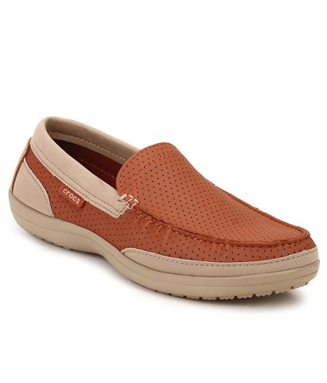 crocs loafers crocs orange loafers buy crocs orange loafers at