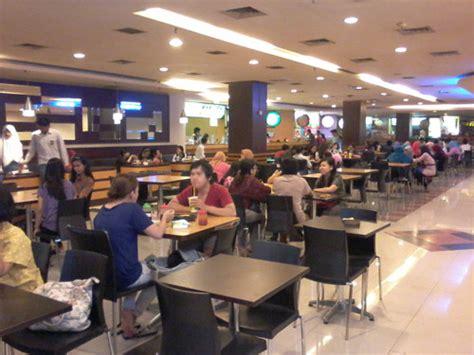 Es Potong Fruitzee menjelajah galeria mal 5 fruitzee dan chips harta karun di dalam subha food court jogja