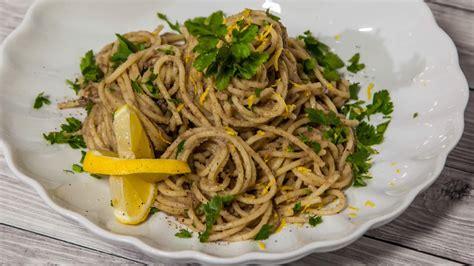 cucinare le sardine fresche una specialit 224 sud ricetta della pasta con le sarde