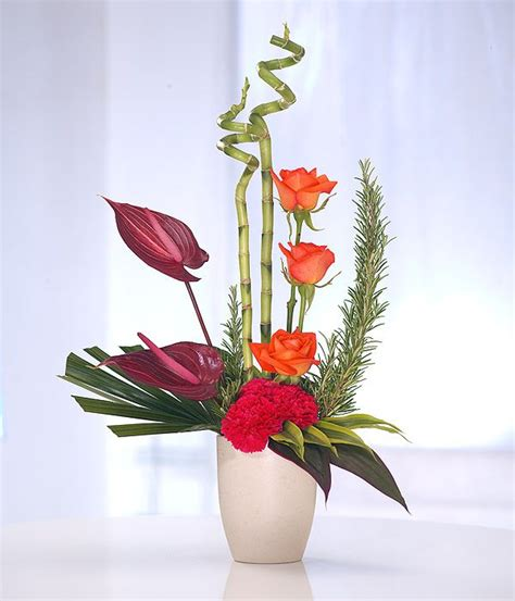25 best ideas about modern flower arrangements on pinterest modern floral arrangements
