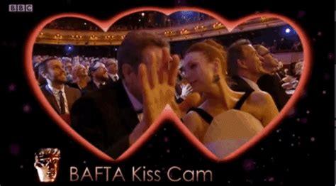 imagenes gif kiss bafta 2016 las mejores im 225 genes y el emotivo v 237 deo in