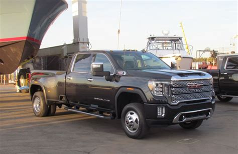 When Will 2020 Gmc 2500 Be Available by Look 2020 Gmc Hd Driving