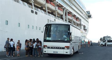 porto livorno 2000 portolivorno2000 attivit 224 sottobordo