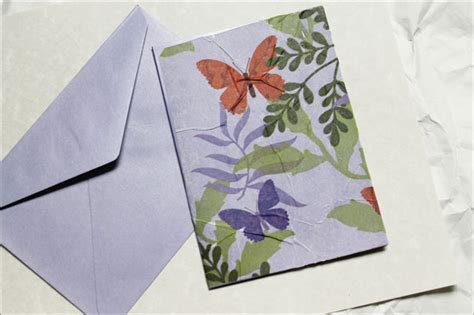 to make a greeting card sending a greeting card made with tissue paper