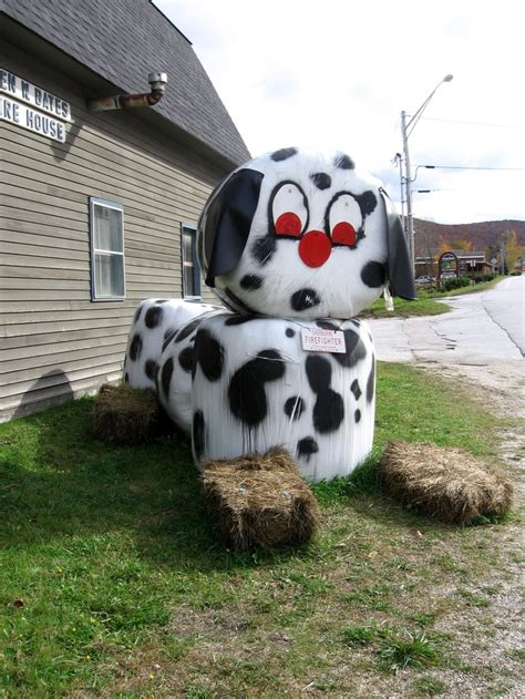 hay bale dog house 17 best images about hay bale art on pinterest god bless america sculpture and
