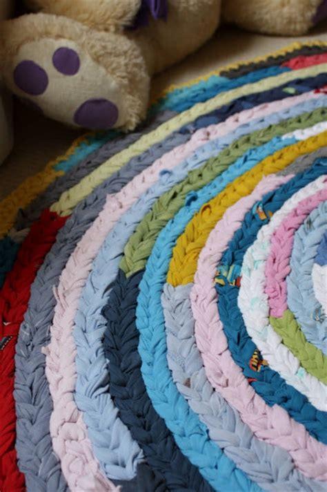 tappeti fatti in casa oltre 25 fantastiche idee su tappeti fatti a mano su