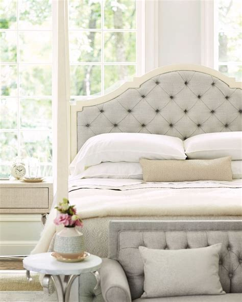tufted canopy bed 84 best images about beautiful bedrooms on pinterest