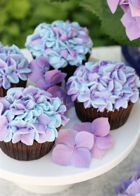 hydrangea cake hydrangea cupcakes glorious treats