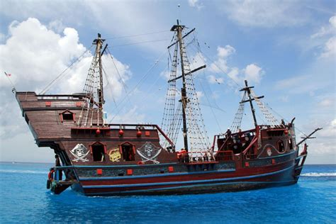 pirate dinner cruise   cozumel