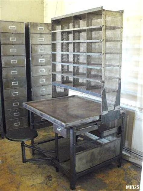 bureau postal bureau de tri postal vers 1950