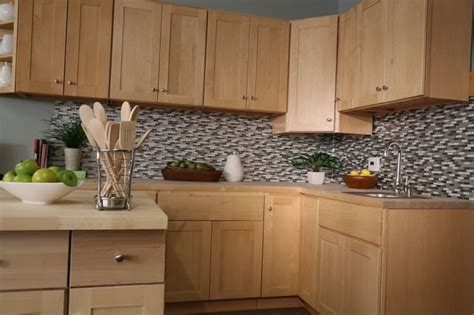 Findley Myers Kitchen Cabinets by Findley Myers Soho Maple Kitchen Cabinets Detroit Di