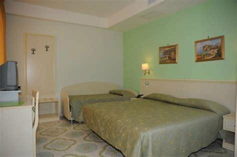 hotel rivamare ischia porto hotel rivamare ischia italya otel yorumları ve fiyat