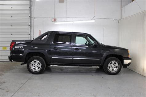 tire pressure monitoring 2006 chevrolet avalanche 1500 lane departure warning service manual how things work cars 2005 chevrolet