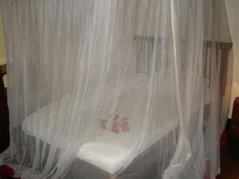 lit 224 baldaquin avec moustiquaire picture of moivaro lodge arusha tripadvisor