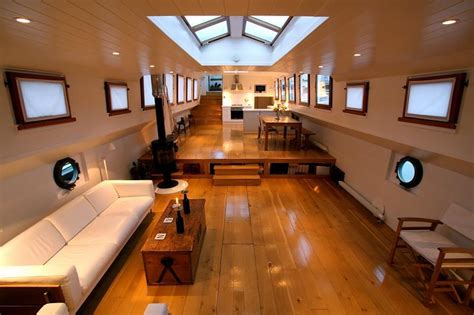 3 bedroom boat for sale 3 bedroom house boat for sale in imperial wharf marina