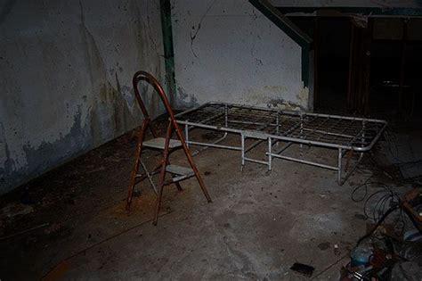 basement bedroom creepy search dumbwaiter basement bedrooms news and