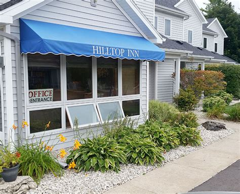 Lodging In Door County Wi by Door County Lodging Hilltop Inn Affordable Fish Creek