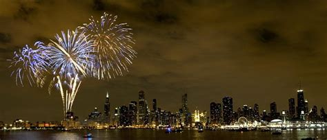 new year 2018 chicago parade chicago new years 2018 hotel packages deals