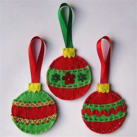 3x hanging felt christmas decorations folksy