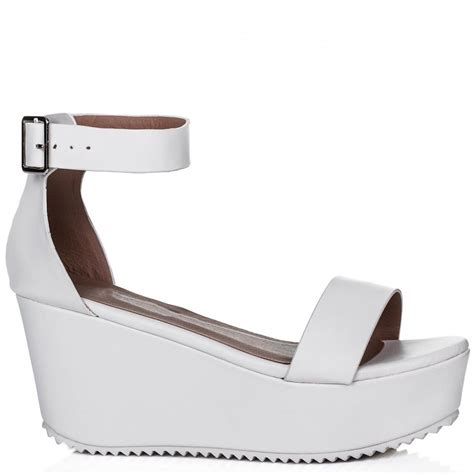 white platform sandal heels buy goldcoast flatform platform sandal shoes white leather