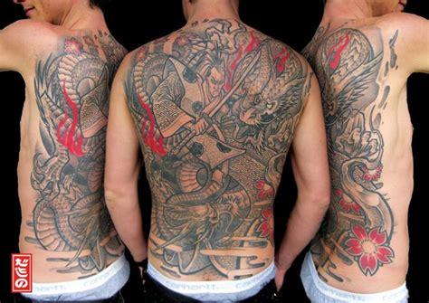 japanese tattoo znaczenie tatuaż japoński plecy samuraj przez delaine neo gilma